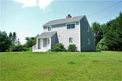 South Kingstown Single Family Home For Sale: 67 Mill Pond Rd