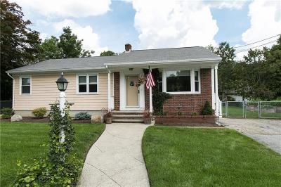 Cranston Single Family Home For Sale: 50 Pippin Orchard Rd