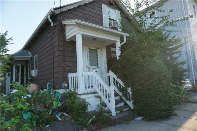Providence RI Single Family Home For Sale: $130,000