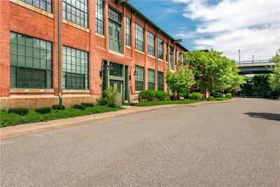 Woonsocket Condo/Townhouse Act Und Contract: 180 Allen St, Unit#103b #103B