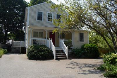Barrington Single Family Home For Sale: 11 Wallis Av