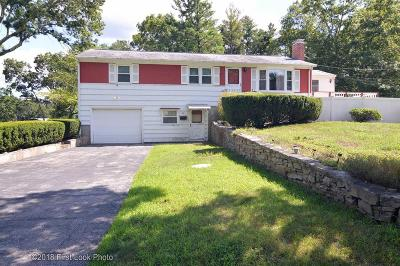 North Kingstown Single Family Home For Sale: 50 Meadowland Dr