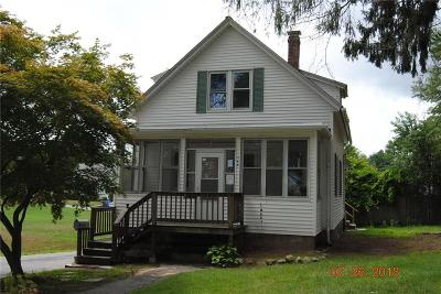 Cranston Single Family Home For Sale: 146 Curtis St