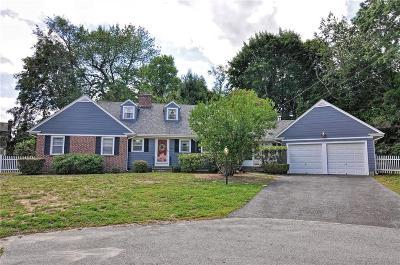 Barrington Single Family Home For Sale: 7 Lee Rd