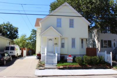 Providence Single Family Home For Sale: 124 Salina St