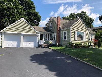 Cranston RI Single Family Home For Sale: $325,000
