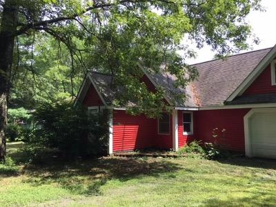 Burrillville Single Family Home For Sale: 385 Wilson Trl