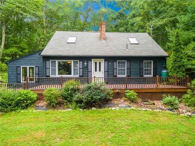 South Kingstown Single Family Home For Sale: 55 Estelle Dr. Dr