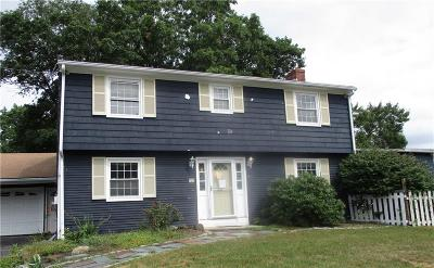 Cumberland Single Family Home For Sale: 12 Lonesome Pine Rd