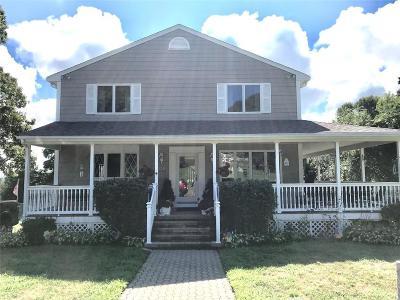 Portsmouth Single Family Home For Sale: 020 Merrill Lane
