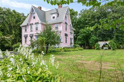Providence Single Family Home For Sale: 158 Woodward Rd