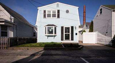 Bristol Single Family Home For Sale: 29 Rock St