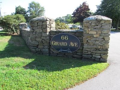 Newport Condo/Townhouse For Sale: 66 Girard Av, Unit#214 #214