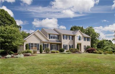 North Kingstown Single Family Home For Sale: 190 Pheasant Run