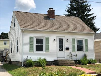 Cranston Single Family Home For Sale: 115 Midwood St