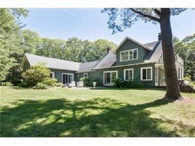 North Kingstown Single Family Home For Sale: 1 Pojac Point Rd