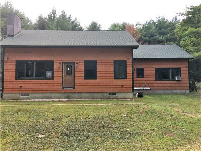 Coventry Single Family Home For Sale: 757 Phillips Hill Rd