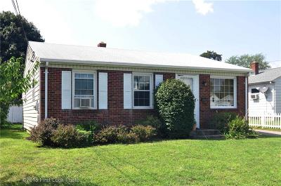 Pawtucket Single Family Home For Sale: 65 Manistee St