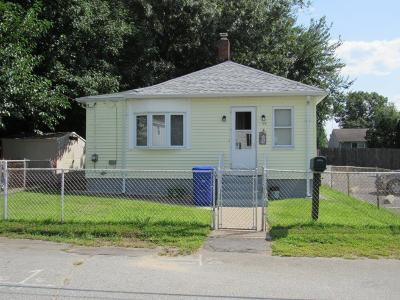 Kent County, Providence County, Washington County Single Family Home Act Und Contract: 150 Obed Av