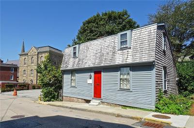 Newport Single Family Home For Sale: 36 William St