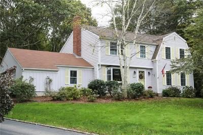 South Kingstown Single Family Home For Sale: 133 Mulberry Dr