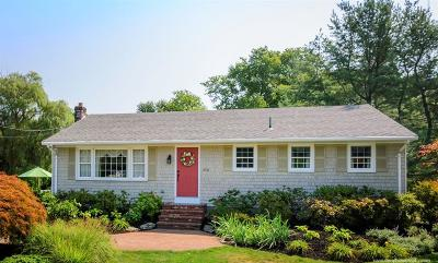 Tiverton Single Family Home For Sale: 2950 Main Rd