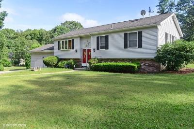 Westerly Single Family Home For Sale: 15 Branberry Dr