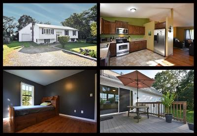 South Kingstown Single Family Home For Sale: 94 Shickasheen Wy