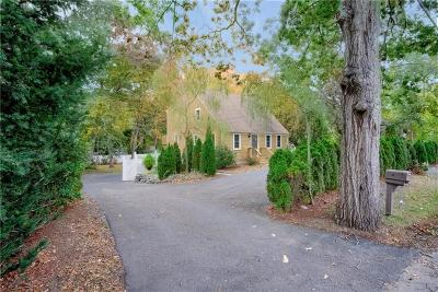 Bristol County Single Family Home For Sale: 399 Sowams Rd