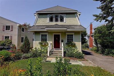 Barrington Single Family Home For Sale: 17 Riverview Dr