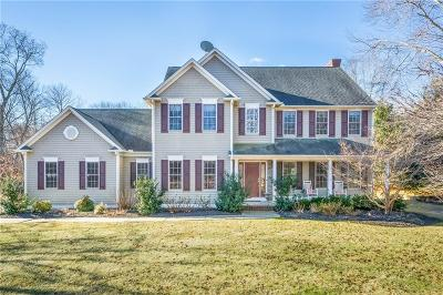 North Kingstown Single Family Home For Sale: 56 Sugarbush Trl