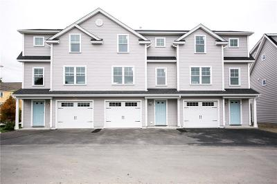 Newport Condo/Townhouse Act Und Contract: 6 Mariner Wy, Unit#6 #6