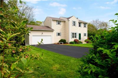 South Kingstown Single Family Home For Sale: 92 Whitewood Dr