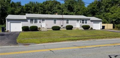 North Kingstown Multi Family Home For Sale: 692 Newcomb Rd