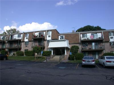 Warwick Condo/Townhouse For Sale: 750 Quaker Lane, Unit#b205 #B205