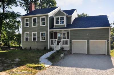 Bristol County Single Family Home For Sale: 148 Middle Highway