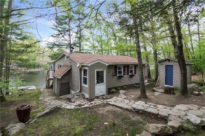 Burrillville Single Family Home For Sale: 81 Whiting Lane