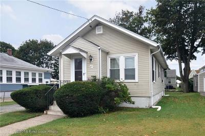 Pawtucket Single Family Home For Sale: 67 Crescent Rd