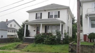 Cranston Single Family Home For Sale: 90 Bailey St
