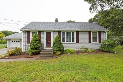 Barrington Single Family Home For Sale: 340 Sowams Rd