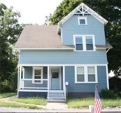 North Kingstown Single Family Home For Sale: 393 Tower Hill Rd