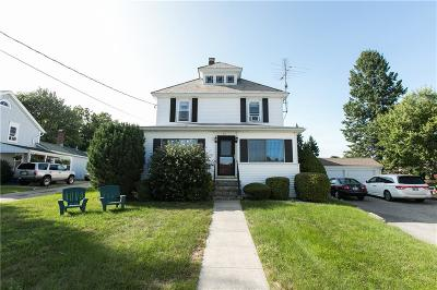 North Smithfield Single Family Home For Sale: 61 Main St