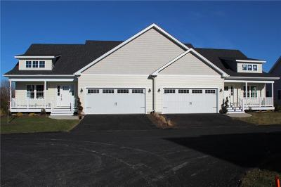 Middletown Condo/Townhouse For Sale: 6 Thelma Lane, Unit#6 #6