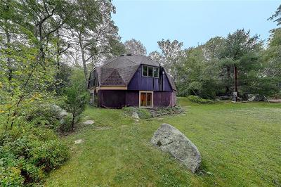 South Kingstown Single Family Home For Sale: 1010 Plains Rd