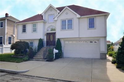 East Providence Single Family Home For Sale: 40 Follett St