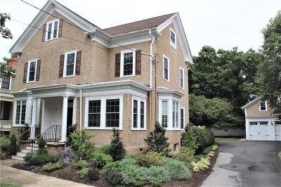 Providence County Single Family Home For Sale: 59 Blackstone Blvd