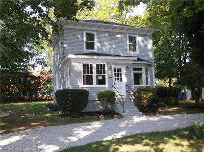 Middletown Single Family Home For Sale: 391 Forest Av