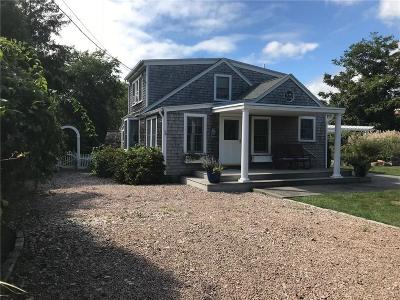 South Kingstown Single Family Home For Sale: 34 Bayberry Av