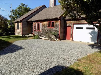 Newport County Single Family Home For Sale: 1250 East Main Road Rd