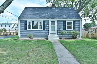 Coventry Single Family Home For Sale: 30 Hopkins Hill Rd